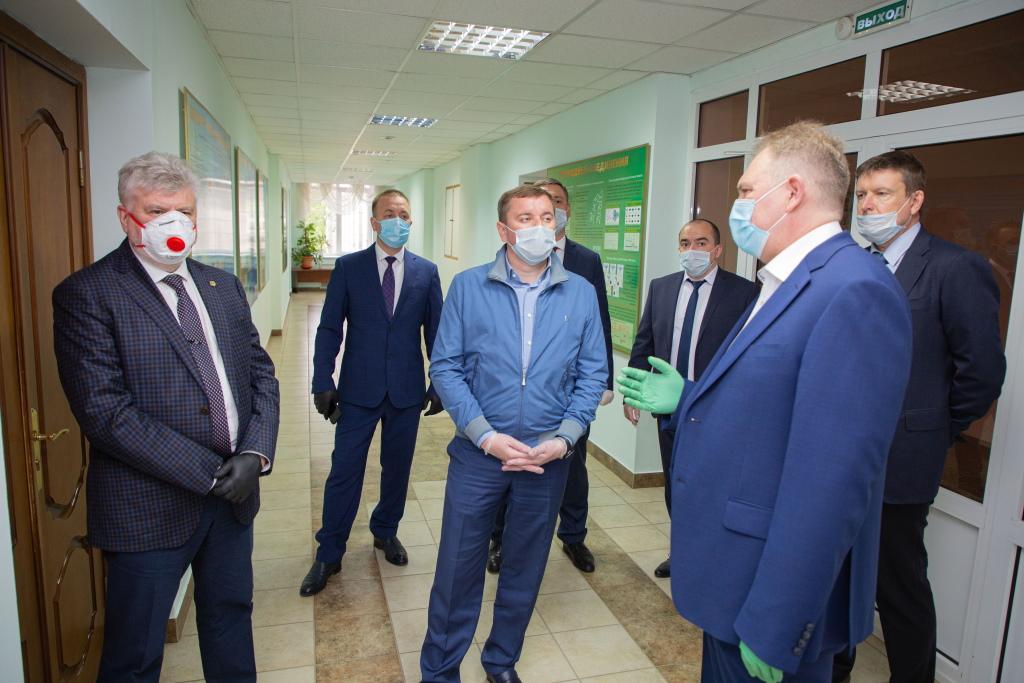 Визит заместителя премьер-министра РТ — министра сельского хозяйства и продовольствия в Казанский научный центр РАН
